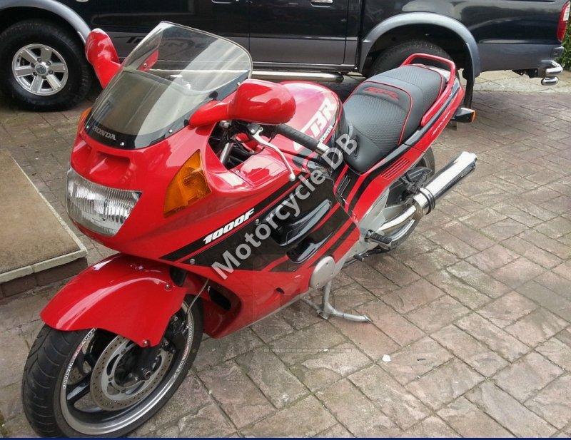 Honda CBR 1000 F 1989 30028