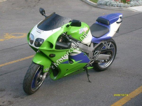 Kawasaki ZX-7R Ninja 1997 10798