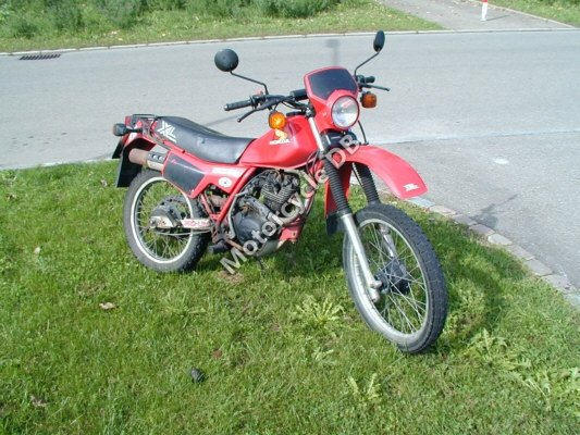 Honda XL 200 R 1983 8972 Thumb