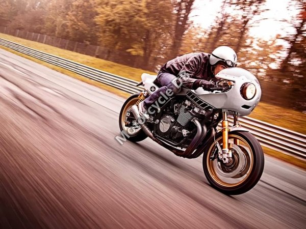 Yamaha XJR1300 Eau Rouge by Deus 2014 23618 Thumb