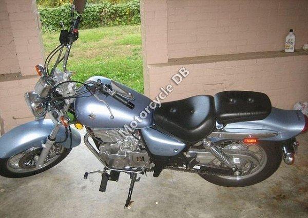 Suzuki GZ 250 2006 14219