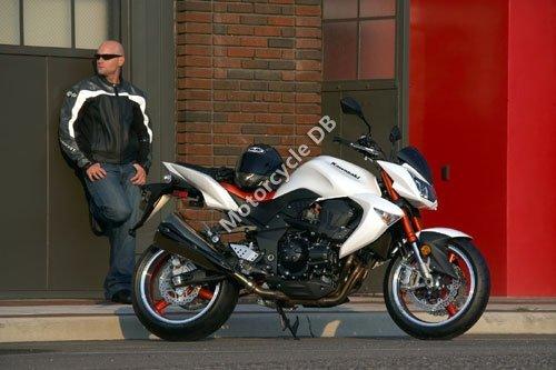 Kawasaki Z1000 2008 2557