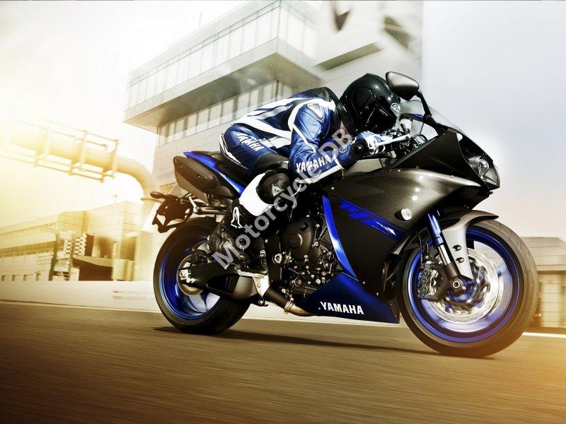 Yamaha YZF-R1 2014 25704