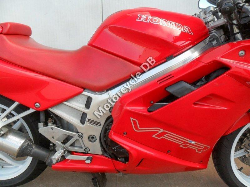 Honda VFR 750 F 1992 30589