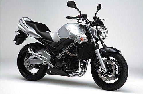 Suzuki GSR 600 2007 12451
