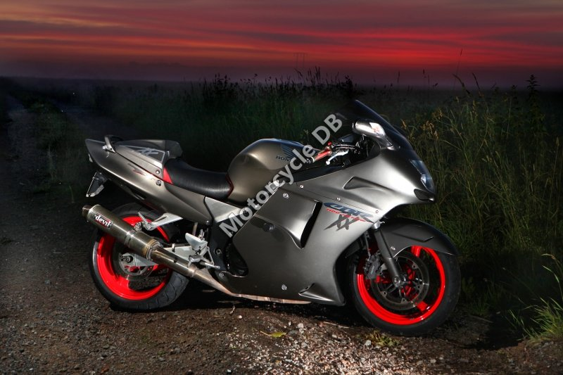 Honda CBR 1100 XX Super Blackbird 2001 30121