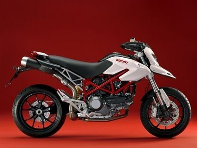Ducati Hypermotard 1100 2009 50