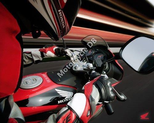 Honda CBR125R 2007 1893