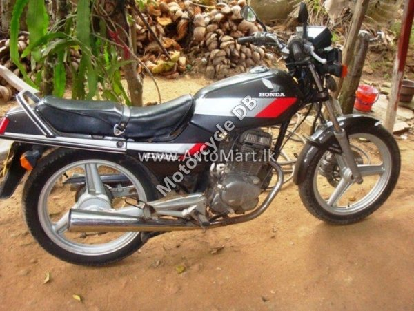 Honda CB 125 T 2002 13890