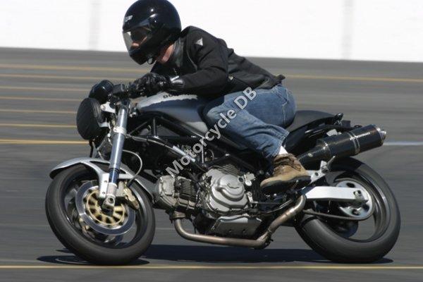 Ducati Monster 620 Standard i.e. 2003 9809